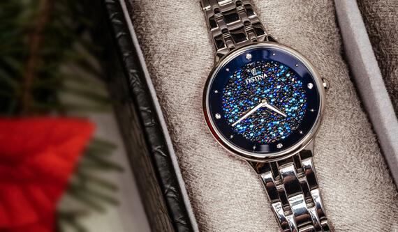 Třpytivé hodinky