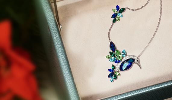 Další výrazné šperky