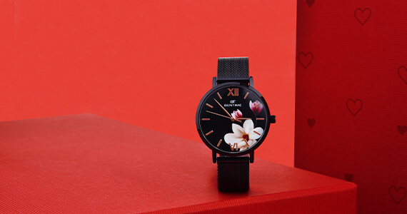 Dámské hodinky s květinami