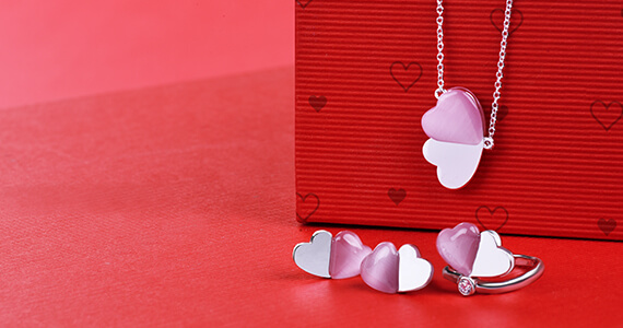 Růžové šperky