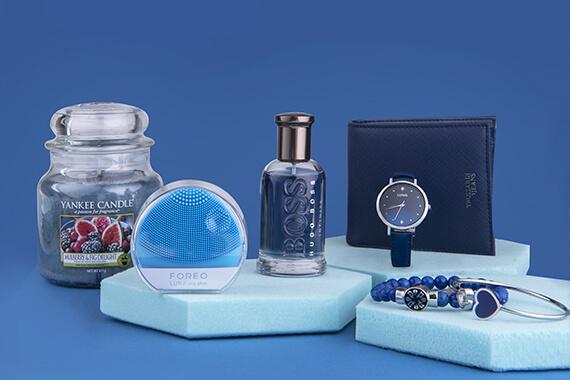 Culoarea anului: Classic Blue