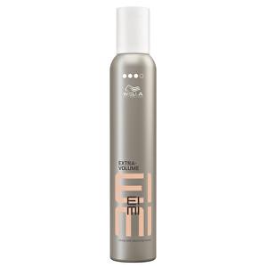 Wella Professionals Tužící pěna pro objem vlasů se silnou fixací EIMI Extra Volume 500 ml
