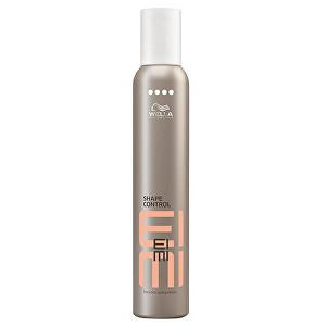 Wella Professionals Extra silná tvarovací pěna na vlasy EIMI Shape Control 300 ml