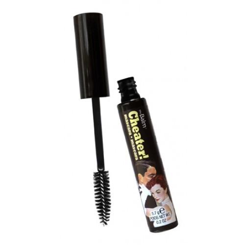 TheBalm Černá objemová řasenka Cheater! 5,7 g