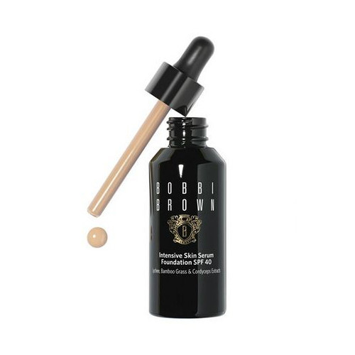 Bobbi Brown Intenzívne make-up a sérum SPF 40 (Intensive Skin Serum Foundation SPF 40) 30 ml Sand