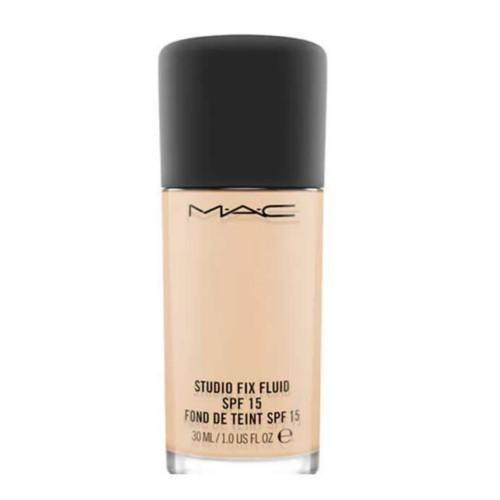 MAC Tekutý matující make-up Studio Fix (Fluid) 30 ml NC 40