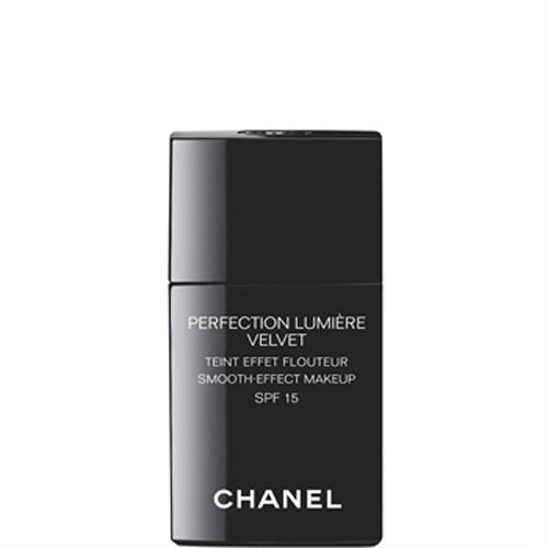 Chanel Vyhladzujúci make-up (Perfection Lumiére Velvet SPF 15) 30 ml 40 Beige