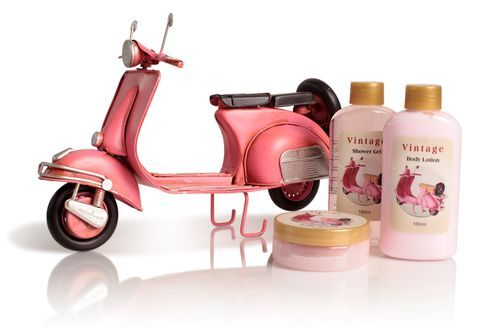 Lady Cotton Sada telovej kozmetiky do kúpeľa Pink Vespa Rosa (Shower Set Rose)