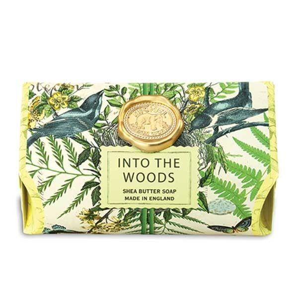 Michel Design Works Hydratační krémové mýdlo Into The Woods (Shea Butter Soap) 246 g