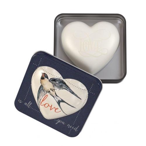 Somerset Toiletry Luxusní tuhé mýdlo ve tvaru srdce Love Is All You Need (Soap) 150 g