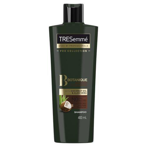 TRESemmé Kokosový šampon pro hydrataci suchých a poškozených vlasů (Botanique Nourish & Replenish Shampoo) 400 ml