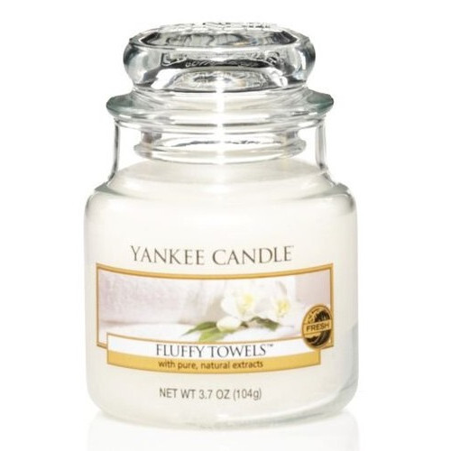 Yankee Candle Aromatická svíčka Classic malá Fluffy Towels 104 g