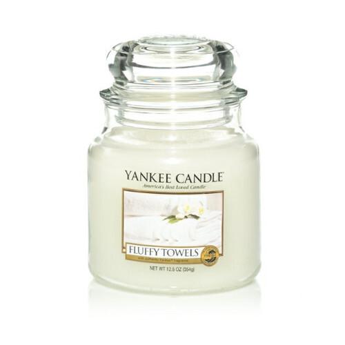 Yankee Candle Aromatická svíčka Fluffy Towels 411 g
