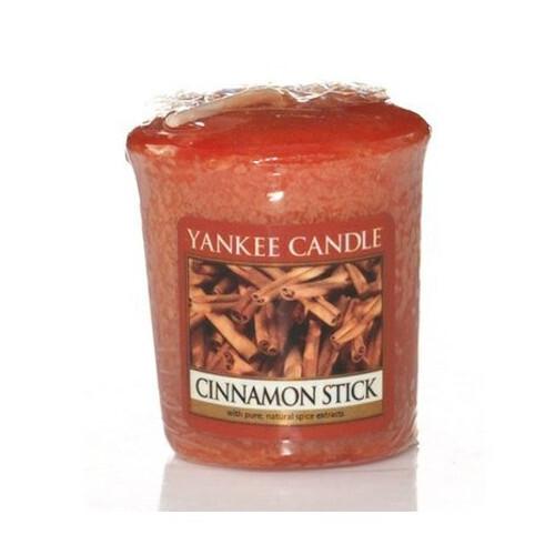 Yankee Candle Aromatická votivní svíčka Skořice s hřebíčkem (Cinnamon Stick) 49 g