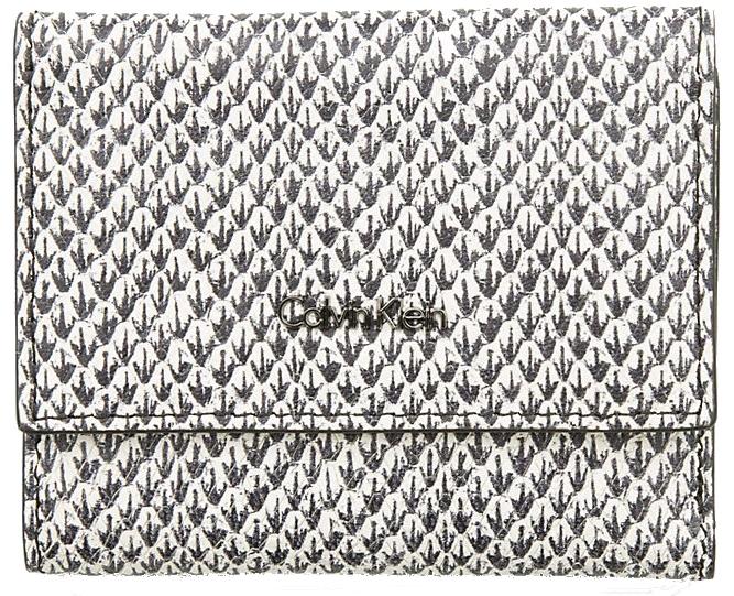 Calvin Klein Dámska peňaženka Cosmopolitan Medium Trifold Sn Snake