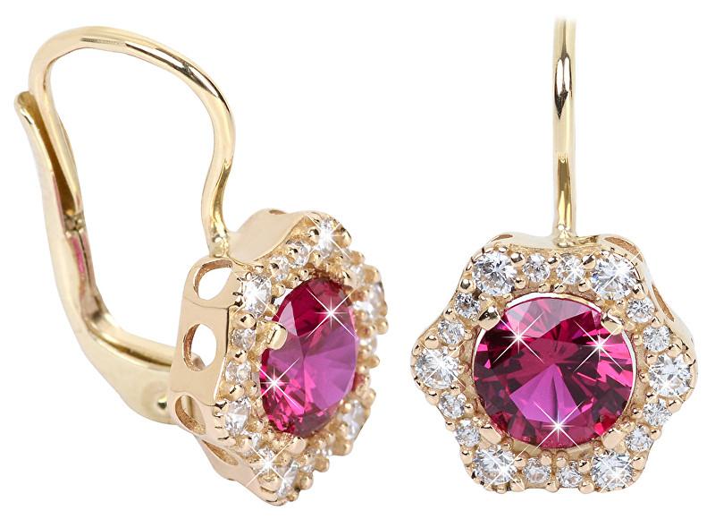 Brilio Elegantní zlaté náušnice s fuchsiovým krystalem 236 001... od ... 6c700c1b66c
