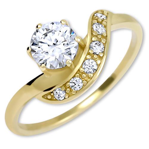 Brilio Krásný zlatý prsten s krystaly 229 001 00807 50 mm