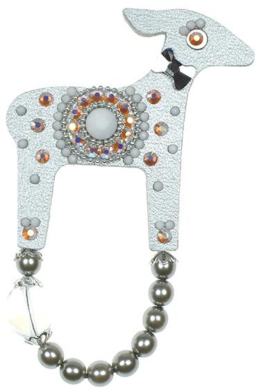 Deers O mare doe de argint de argint - Fundația T. Kucharova