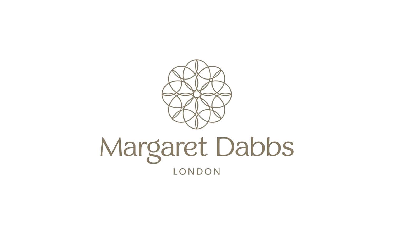 Kosmetika                                             Margaret Dabbs