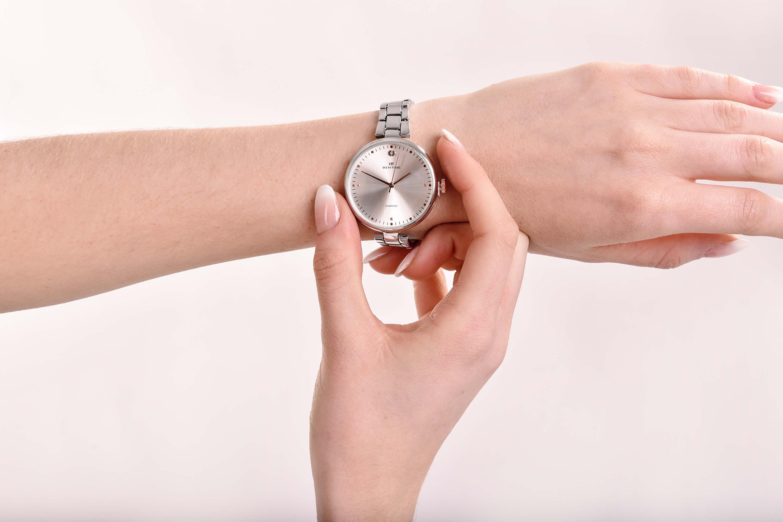 Bentime Dámské hodinky s diamantom 027-9MB-PT12103C Doprava a 1 rok ... 1f4b713bb9
