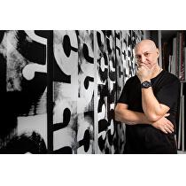 <p>Designér a umělec Eric Haze</p>