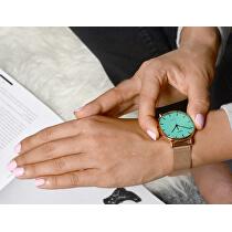 <p>Po stisknutí korunky ciferník díky unikátnímu osvětlení Indiglo svítí.<br />Foto je pouze ilustrativní, je zobrazen jiný model hodinek Timex.</p> Foto je pouze ilustrativní – je vyobrazena jiná barva produktu.