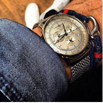 <p>#zeppelinwatches</p>