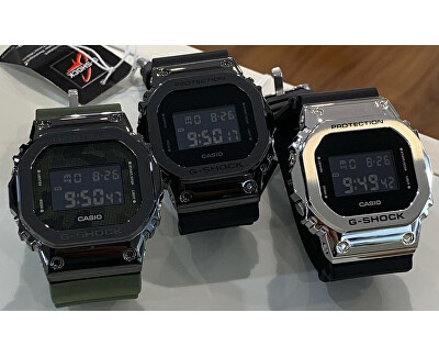 The G/G-SHOCK GM-5600B-1ER (322)