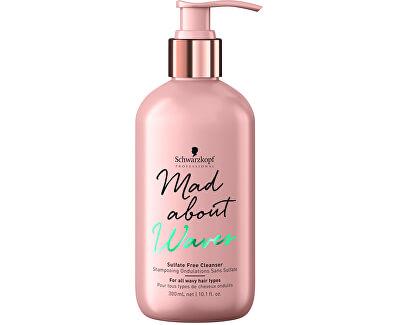 Jemný bezsulfátový šampon pro vlnité vlasy Mad About Waves (Sulfate Free Cleanser) 300 ml