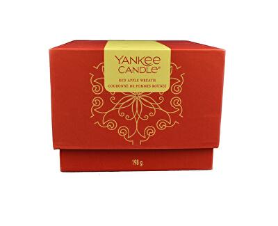 Dárkový box se svíčkou Red Apple Wreath 198 g