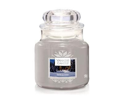 Vonná svíčka Classic malý Candlelit Cabin 104 g