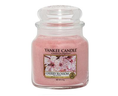 Vonná svíčka Classic střední Třešňový květ (Cherry Blossom) 411 g