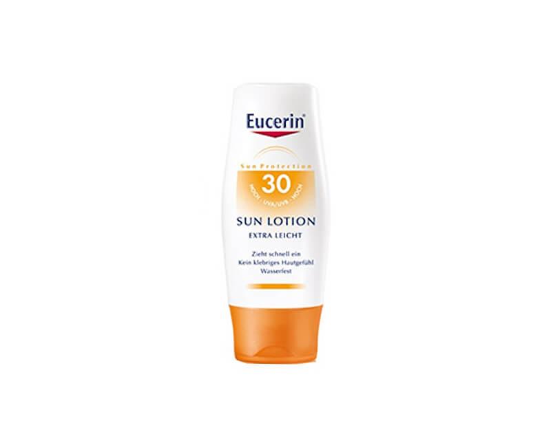 Eucerin Extra lehké mléko na opalování SPF 30 (Sun Lotion Extra Leicht) 150 ml