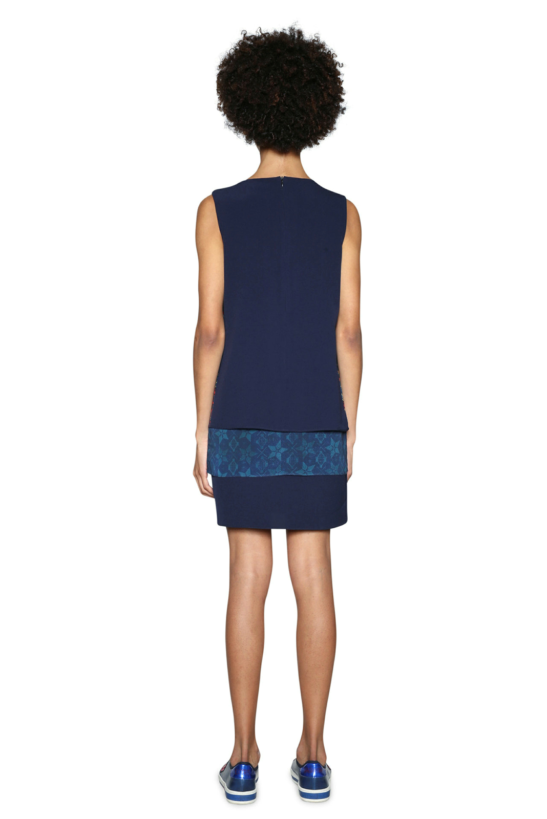 Desigual Dámske šaty Vest Jonatan 18SWVW83 5001. Predchádzajúci  Ďalšie   d27a664bad0