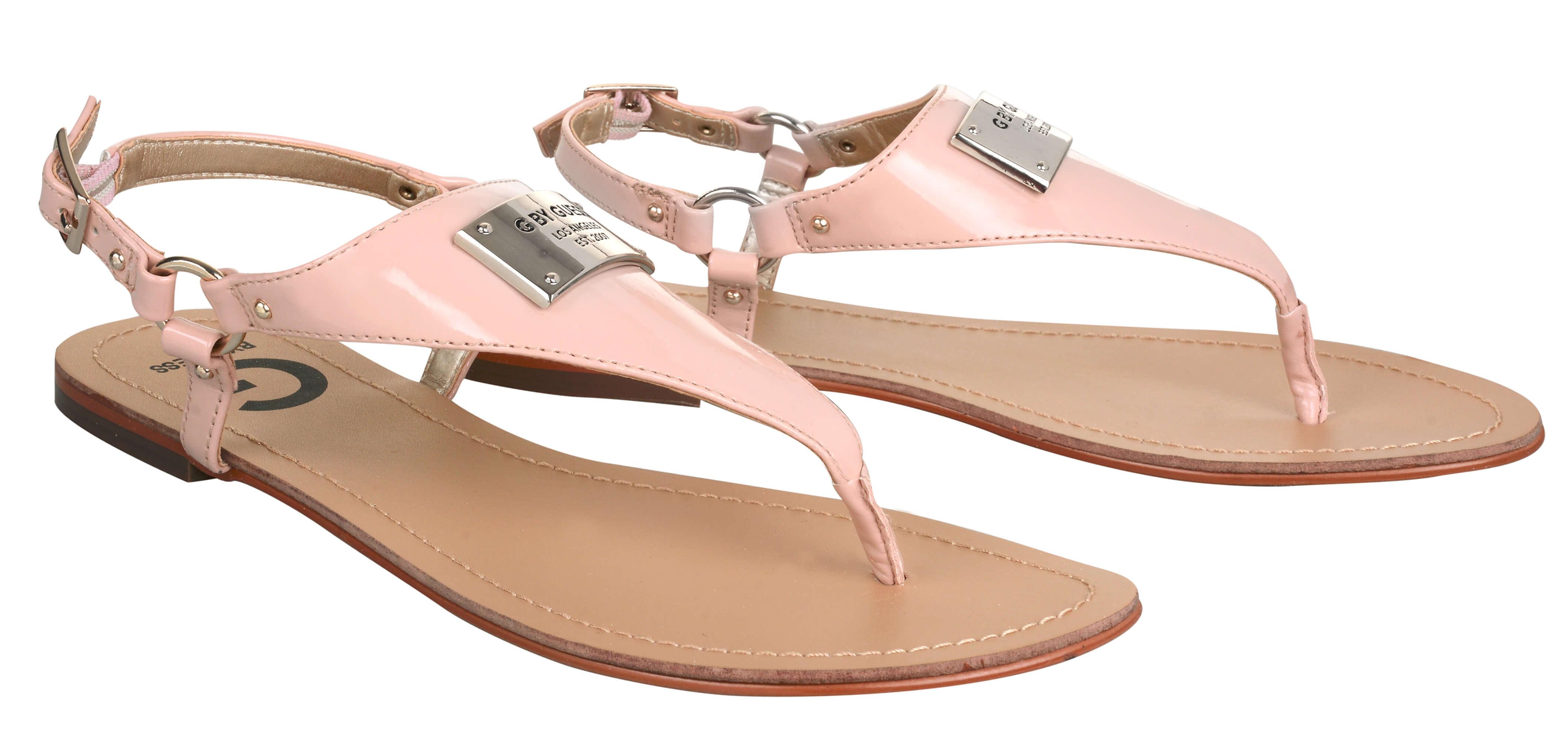 Guess Sandale pentru femei G de către Guess Karmin Faux-Leather ... 7b5d35ec760