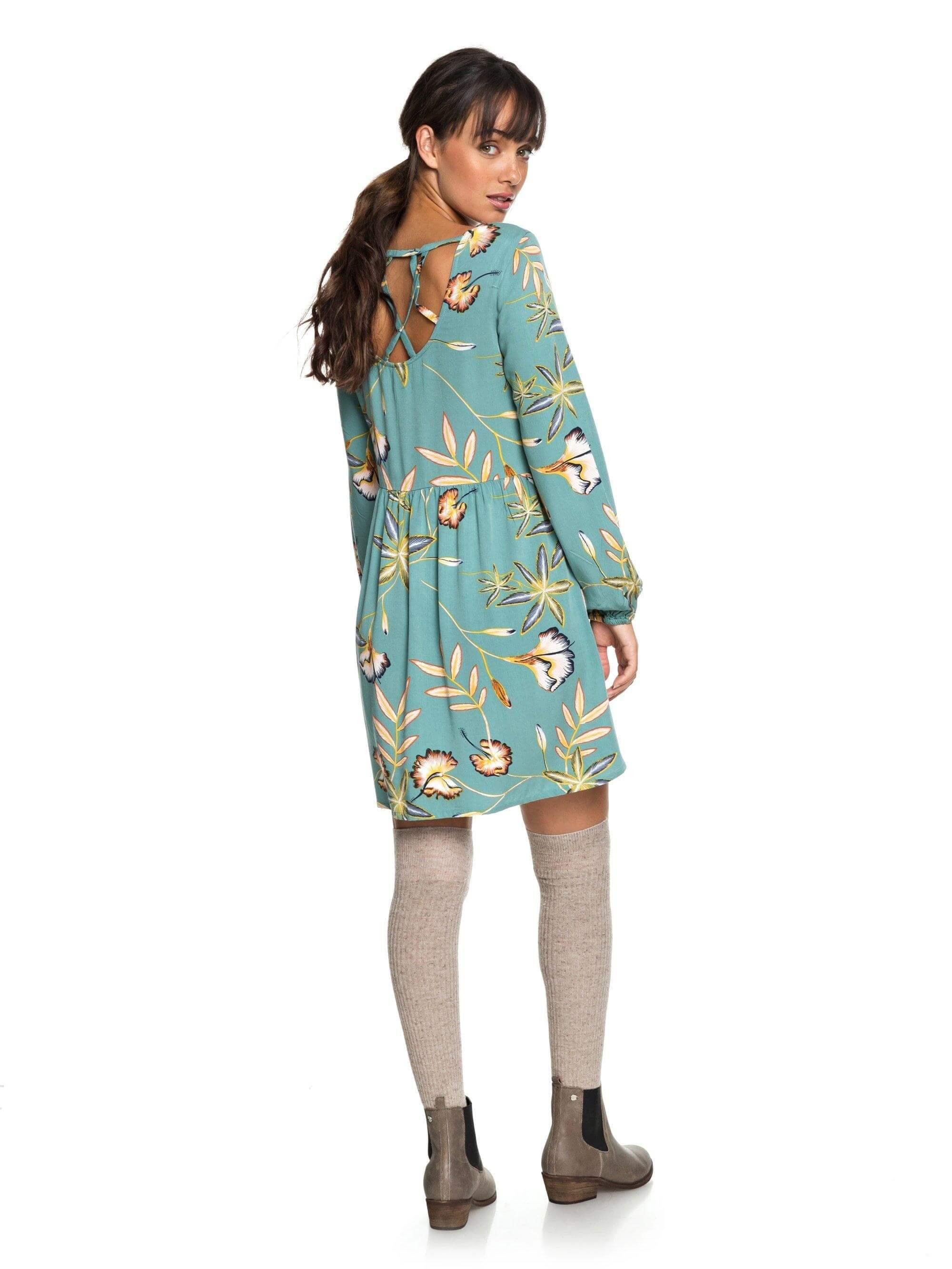 Roxy Dámské šaty Highland Escape Trellis Bird Flower ERJWD03238-BKW6 ... 2a5897549b