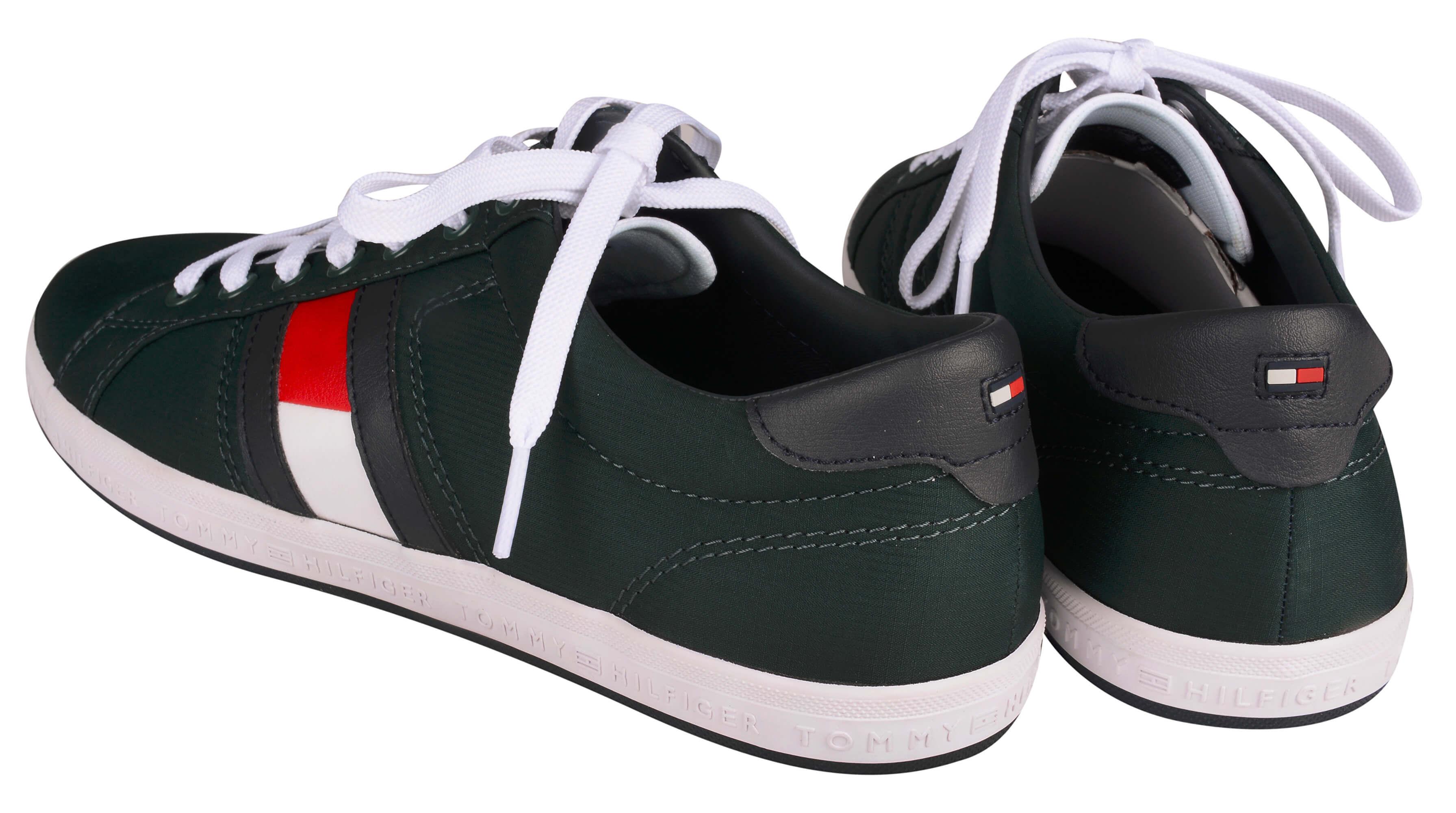 Tommy Hilfiger Férfi sportcipő Essential Flag Detail Sneaker FM0FM15335-300  Akcióban. Előző  Következő   4798ea73b50
