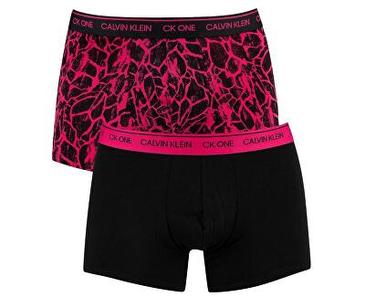 Férfi Boxer CK One Trunk 2Pk NB2385A -CHS Black / Paint és Zsiráf Chrissie Pink