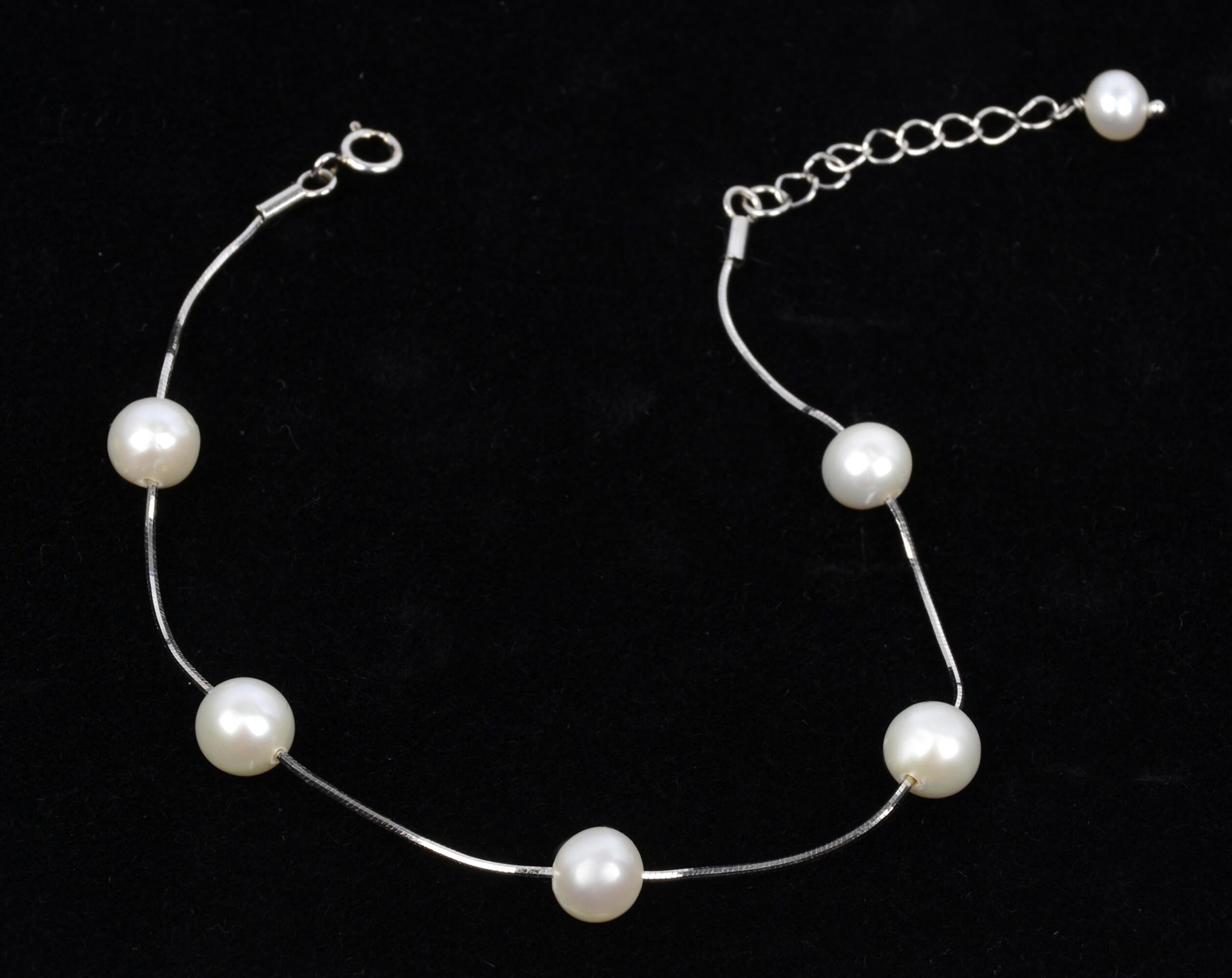 9e98df583 JwL Luxury Pearls Jemný náramok z pravých bielych perál JL0173.  Predchádzajúci <Ďalšie >