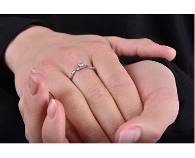 Něžný zásnubní prsten 426 001 00495 04
