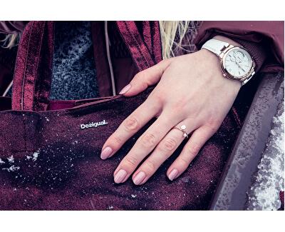 Strieborný prsteň s Hexagon a perličkou CLJ41007