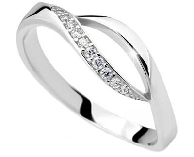 Jemný prsten se zirkony DLR2346b