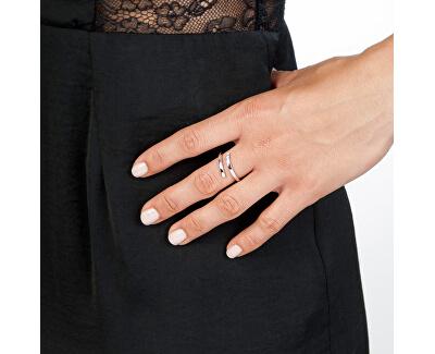 Strieborný prsteň so zirkónmi a diamantom Glide DR173
