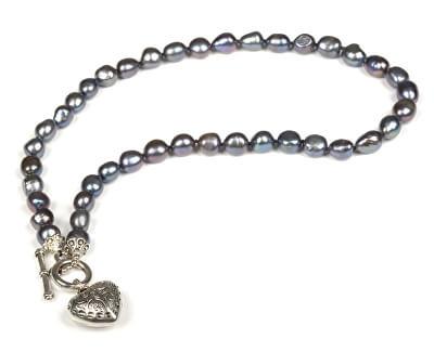 JwL Luxury Pearls Náhrdelník z pravých kovově modrých perel s přívěskem srdce JL0044