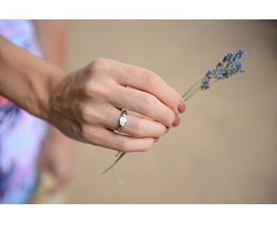 Dámský prsten se zirkony SC272
