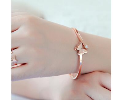 Romantický motýlí náramek Metal Butterfly KBS-154-SIL