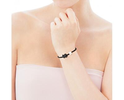 Černý náramek s onyxovým medvídkem a pravou perlou 616481020-M