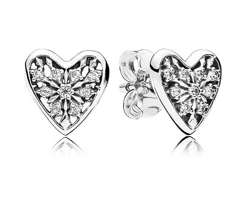 Pandora Stříbrné náušnice Srdce zimy 296368CZ