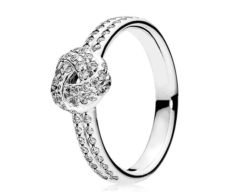 Pandora Třpytivý stříbrný prsten s uzlíkem 190997CZ